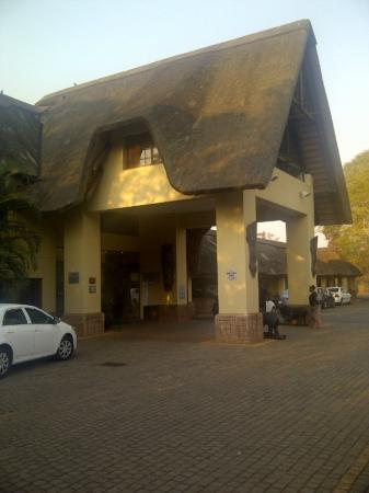 Anew Hotel Hluhluwe & Safaris: Safari lodge facade on an old body