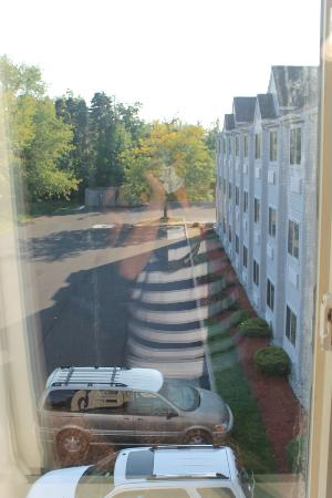 Microtel Inn & Suites by Wyndham Erie: View from our window, room 313