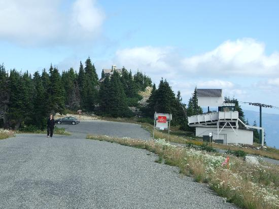 Mount Spokane: Walk from the Vista House past the parking lot to the second summit