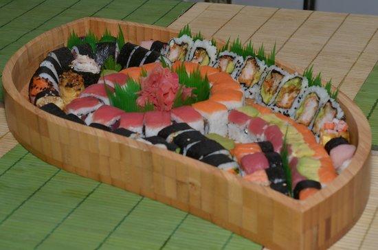 Sakura Sushi : sushi mix