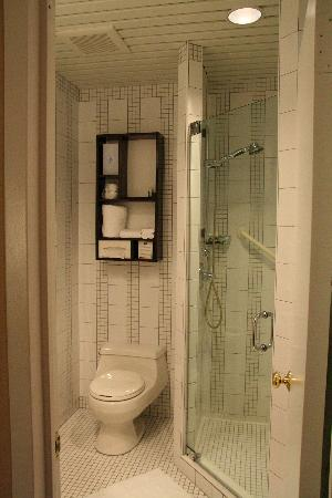 Washington Square Hotel: Bagno