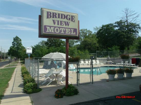 Bridge View Motel: bridgeview hotel