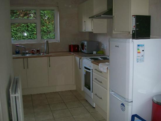 Savannah Bed & Breakfast : Nice size kitchen fully fitted with all appliences you could need