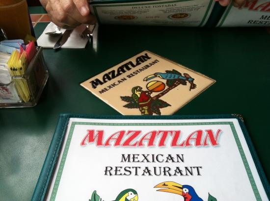 Mazatlan Mexican Restaurant: COLORFUL AND GOOD!