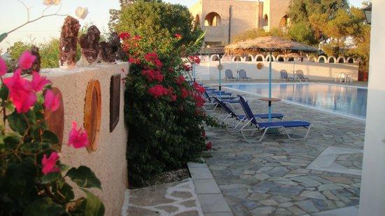 Santa Irini Hotel : pool