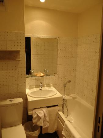 Hotel Tenor: Vista del bagno