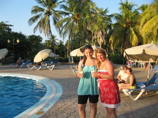 Hesperia Playa El Agua : PILE