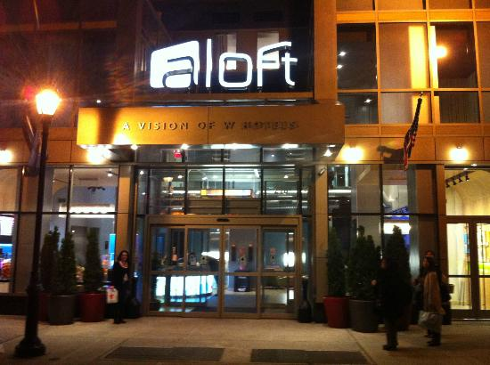 Aloft New York Brooklyn: Facade de l'hotel