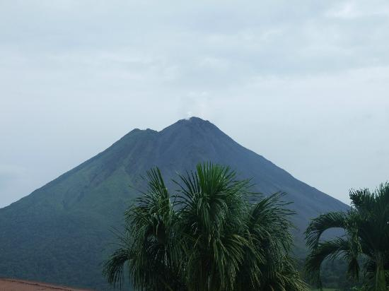 Pacific Trade Winds Day Tours: Arenal