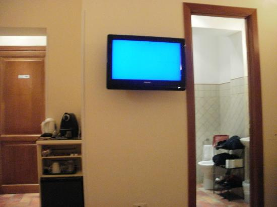 Aenea Superior Inn: TV SAT