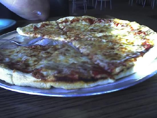 Angelos Pizza: Large plain pizza