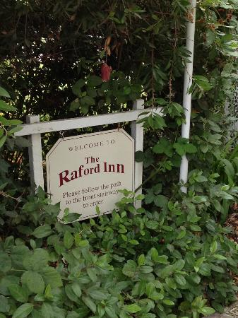 The Raford Inn Bed and Breakfast: Welcome Sign