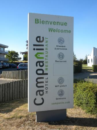Campanile Chartres: Hotel Info. on the Sign