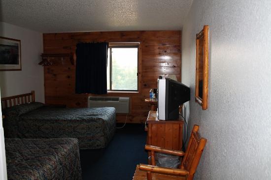 Super 8 Lake George/Warrensburg Area: The room
