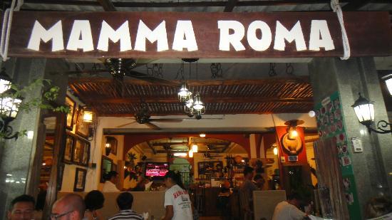 Mamma Roma: Ingresso del ristorante