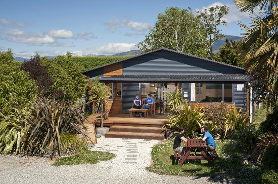 Laughing Kiwi Backpackers: The Backpacker Lodge