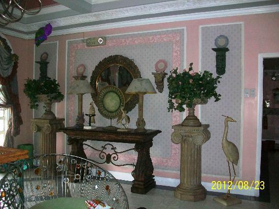 Europa Mansionette Inn: 2nd floor