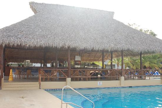 Hotel Playa Blanca Beach Resort : buffet