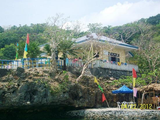 Ilocos Region, Filipiny: Big Brother House @ Governor's Island
