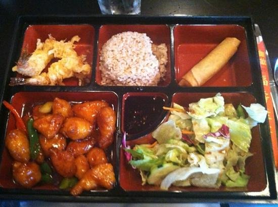 Tao New Asian: general tso dinner box