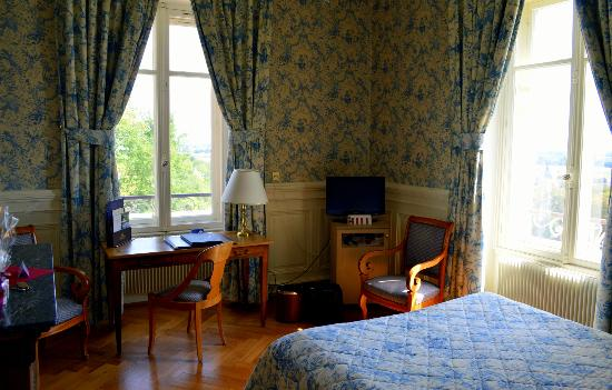 Chateau d'Isenbourg: Superior Guestroom with View of Vineyard