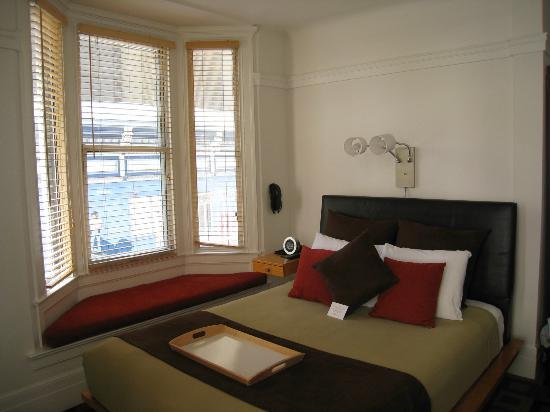The Mosser: Corner room on  2nd floor