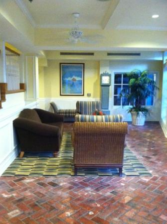 Boardwalk Inn: lobby