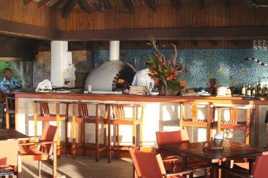 Castaway Island Fiji: pizza bar