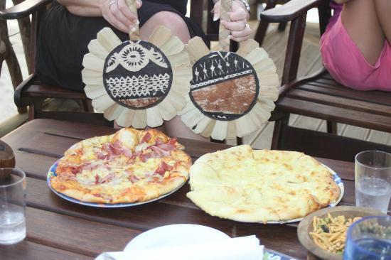 Castaway Island Fiji: Yummi Pizzas