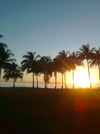 By The Sea Port Douglas: Sunset overlooking 4 Mile Beach