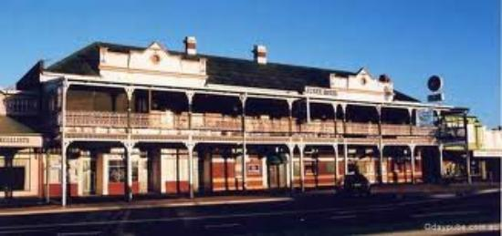 Junee Hotel : the pub