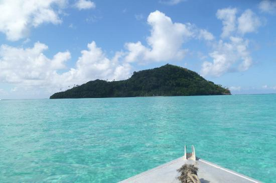 Namua Island Resort: On the way to Namu'a Island