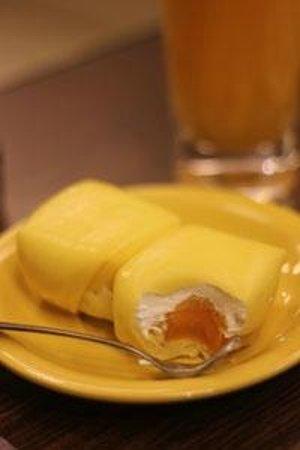 Honeymoon Dessert: Mango Pancake