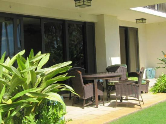 Beach Villas at Ko Olina by Ola Properties: Patio