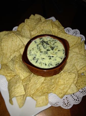 Rotelli: Spinach Artichoke Dip