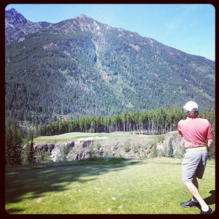 Greywolf Golf Course : The view from the tee box on #6