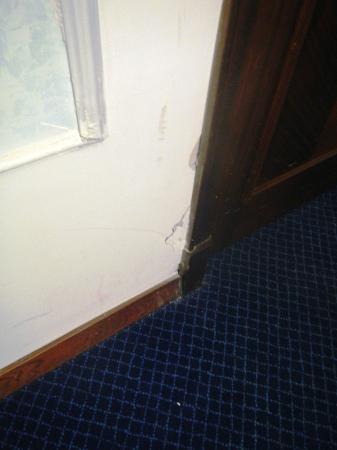 Hotel Mediterraneo: dilapidation
