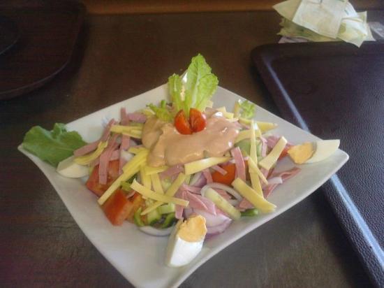 Aegean Shore: chef salad