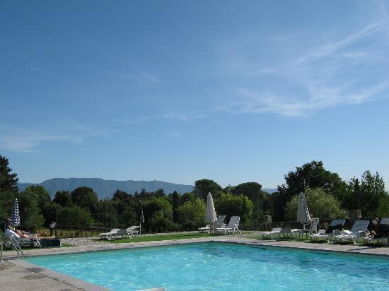 Hotel Villa Cheli: View from pool