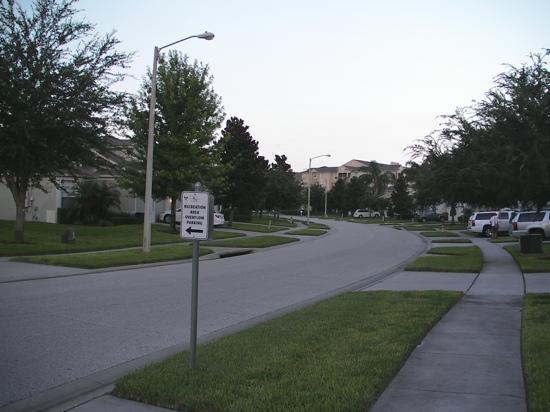 Windsor Hills Executive Plus Resort: Comrow Street