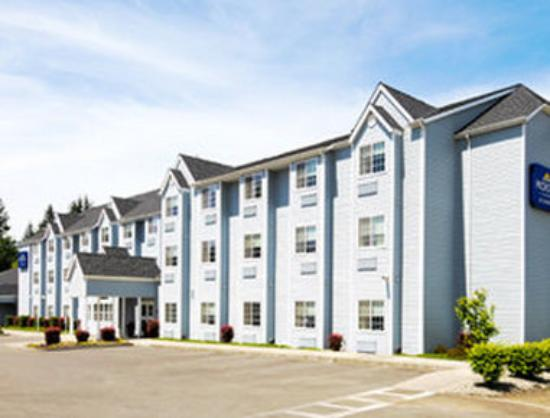 Stay Beyond Inn & Suites: Welcome to the Microtel and Suites Elma/Aberdeen