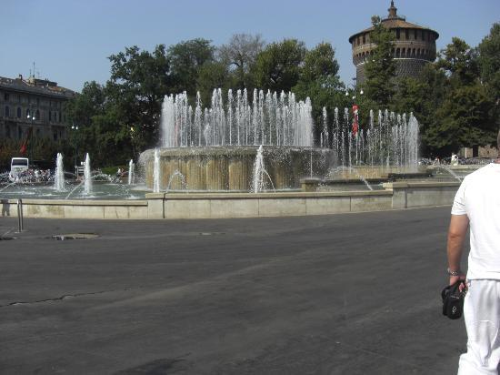 Bar Castello : View of the fountain