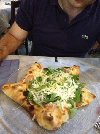 "Ristorante Don Piricuddu: Pizza a ""stella"""