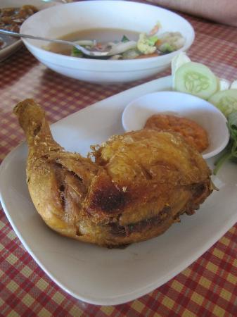 Warung Makan De 5: De 5 チキンの揚げたの