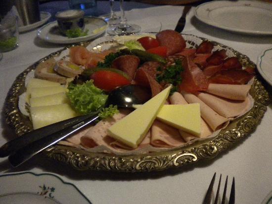 Landidyll Hotel Zum Kreuz: Tagliere salumi e formaggi