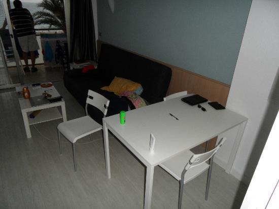 Apartamentos Atlantida: Salon