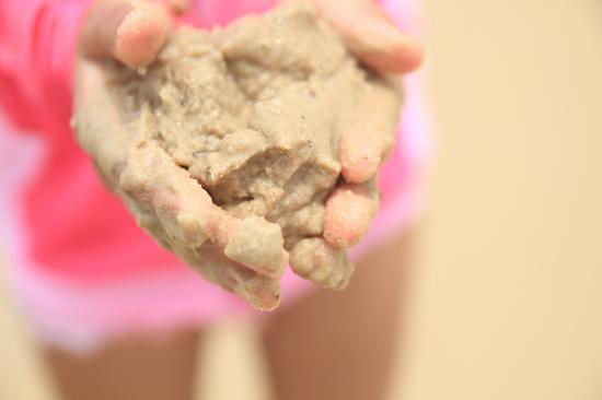 Vinpearl Luxury Nha Trang: ビーチの砂