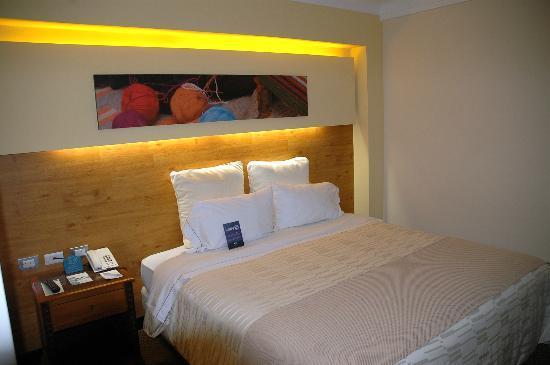 Sonesta Hotel Cusco: chambre au design contemporain