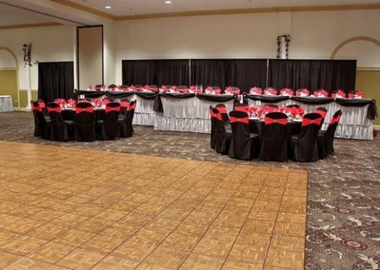 Quality Inn: Banquet