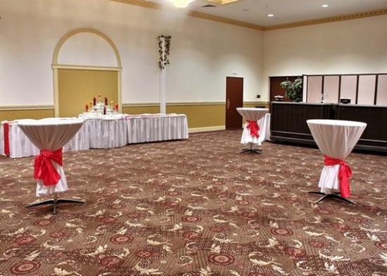 Quality Inn: Banquet Area